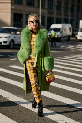 new-york-fashion-week-street-style-fall-2019-day-2-67