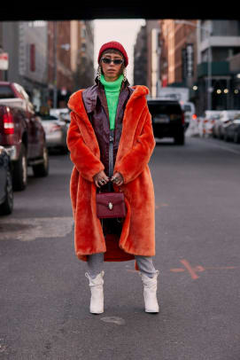 new-york-fashion-week-street-style-fall-2019-day-4-80