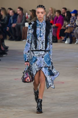 f5ebe7d2143 Stuart Vevers Flirts With a Dark Romance for Coach's Fall 2019 ...
