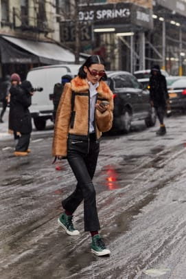 new-york-fashion-week-street-style-fall-2019-day-6-48