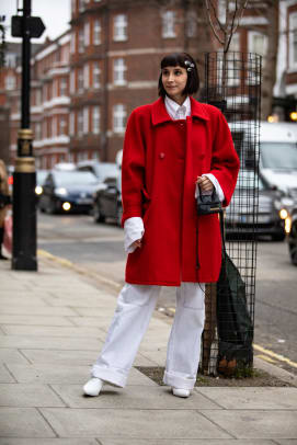 london-fashion-week-street-style-fall-2019-day-1-25