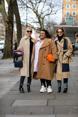 london-fashion-week-fall-2019-street-style-day-5-25