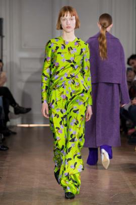 chartreuse neon trend paris fashion week fall 2019-9