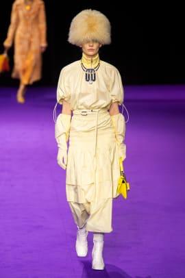 statement hats paris fashion week fall 2019 trend-6