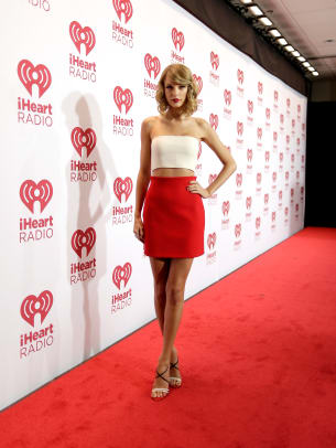 taylor-swift-style-evolution-21