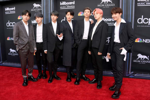 2019-bbmas-billboard-music-awards-red-carpet-best-dressed-bts