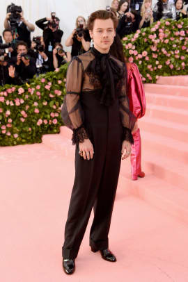 2019-met-gala-harry-styles-outfit-1