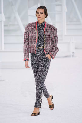 chanel-spring-2021-collection-2