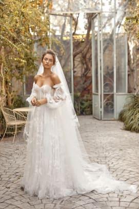 lili-hod-fall-2021-bridal-wedding-dress-puff-sleeve