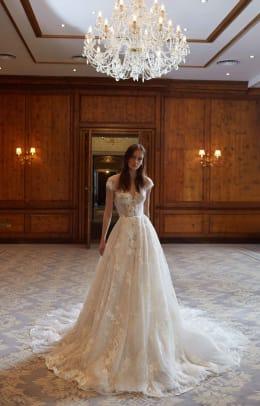 galia-laha-fall-2021-bridal-wedding-dress-Dorianne-F