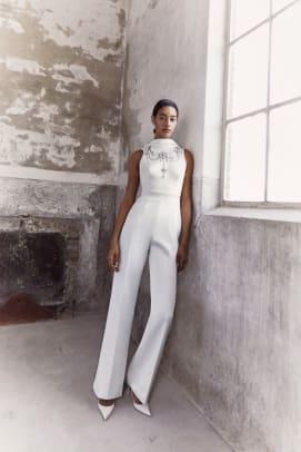 Viktor-Rolf-Mariage_B_byMarijkeAerden-fall-2021-bridal-wedding-dress-jumpsuit