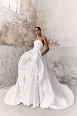 Viktor-Rolf-Mariage_B_byMarijkeAerden-fall-2021-bridal-wedding-dress-ballgown