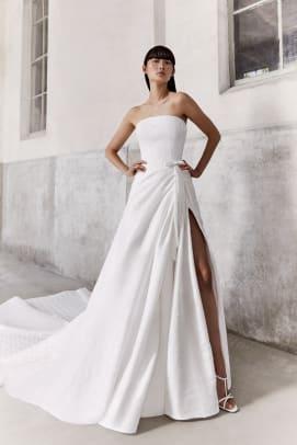 Viktor-Rolf-Mariage_B_byMarijkeAerden-fall-2021-bridal-wedding-dress-strapless