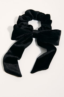 free-people-velvet-bow-scrunchie