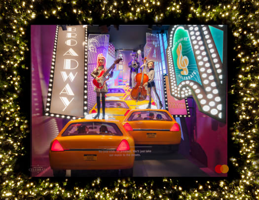 Saks Holiday Windows_1