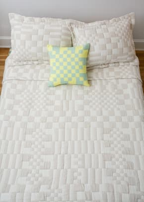 check_coverlet_1200x