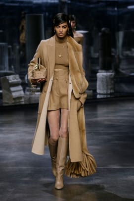 fendi-fall-2021-collection-review-2