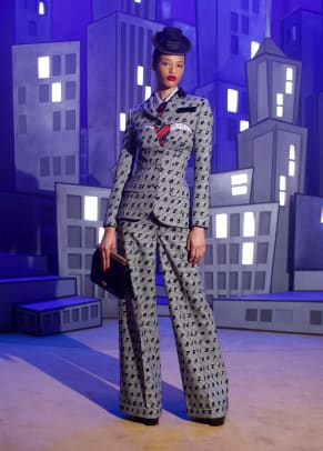 moschino-fall-2021-collection-review-2