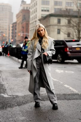 new-york-fashion-week-fall-2020-street-style-day-1-26