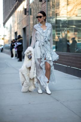 new-york-fashion-week-fall-2020-street-style-day-2-2 2