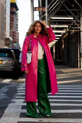 new-york-fashion-week-fall-2020-street-style-day-2-27