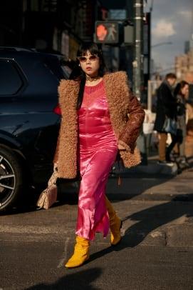 new-york-fashion-week-fall-2020-street-style-day-3-47