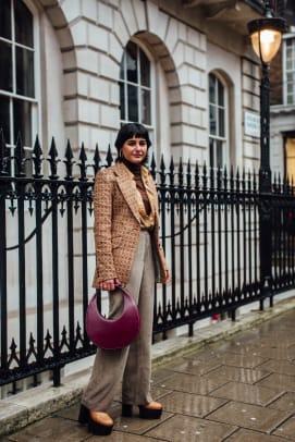london-fashion-week-street-style-fall-2020-day-3-35