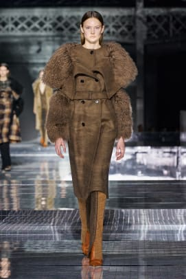 Burberry Fall 2020 Collection1