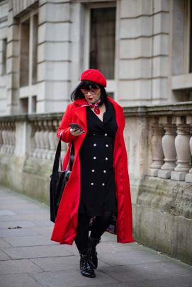 london-fashion-week-fall-2020-street-style-day-5-2