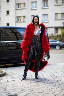 Paris-fashion-week-fall-2020-street-style-day-1-1