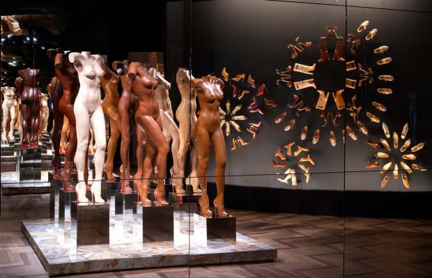 Whitaker Malem, 2020, Exhibition view L'Exhibition[niste], Palais de la Porte Dorée © Marc Domage (1)