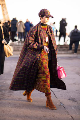 paris-fashion-week-fall-2020-street-style-day-2-21