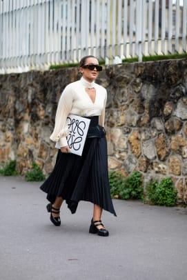 paris-fashion-week-fall-2020-street-style-day-4-2
