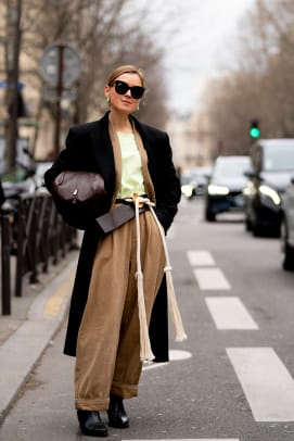 paris-fashion-week-fall-2020-street-style-day-6-22