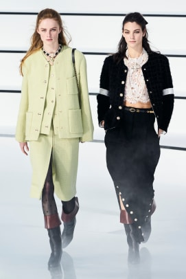 Chanel Fall 2020 Look 1