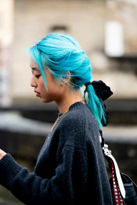 Paris-Fashion-Week-Fall-2020-Beauty-street-style-12