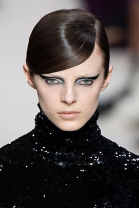 Valentino-Fall-2020-beauty-1