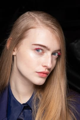 Off-White-Fall-2020-beauty-3