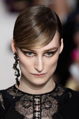 Valentino-Fall-2020-beauty-2
