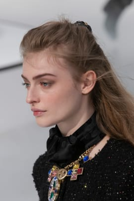 Chanel-Fall-2020-beauty-4