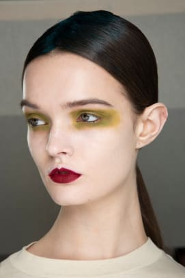 Van Noten-Fall-2020-beauty-2