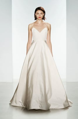 amsale-rowan-wedding-dress.jpg