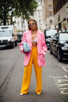 london-fashion-week-street-style-spring-2022-day-4-27