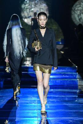 versace-by-fendi-look-2
