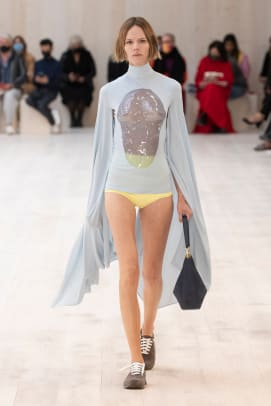 LOEWE_SS22_53_FRONT