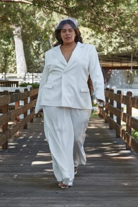 houghton-fall-2022-bridal-wedding-dress-Katharine suit_front