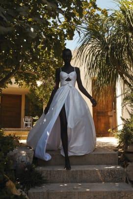 lihi-hod-fall-2022-bridal-wedding-dress-Noor1