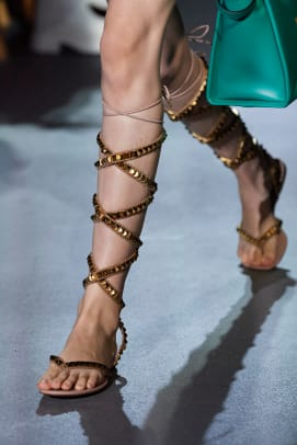 valentino-spring-2022-shoes