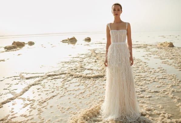 eisen-stein-bridal-spring-2022-wedding-dress-corset-feathers