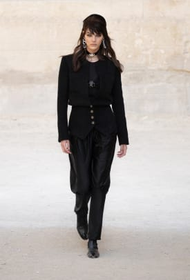 chanel-cruise-2021-collection-review-1